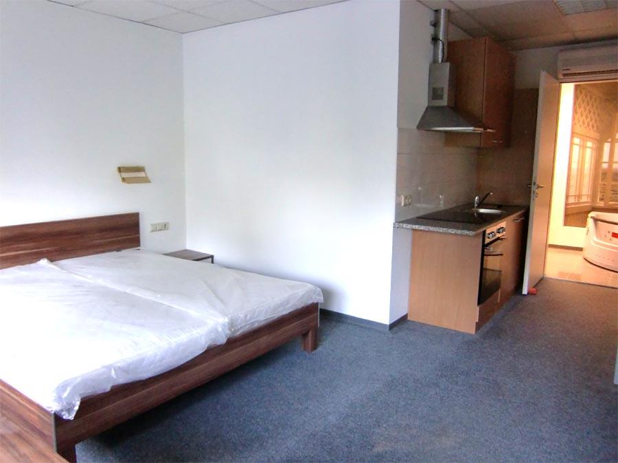 apartment 5 aparthotel karlsruhe. Black Bedroom Furniture Sets. Home Design Ideas