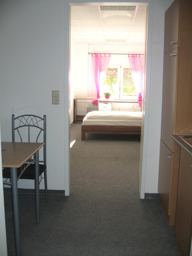 Apartments eingang s d aparthotel karlsruhe for Appart hotel karlsruhe